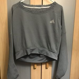Adidas crop thermal top // SMALL